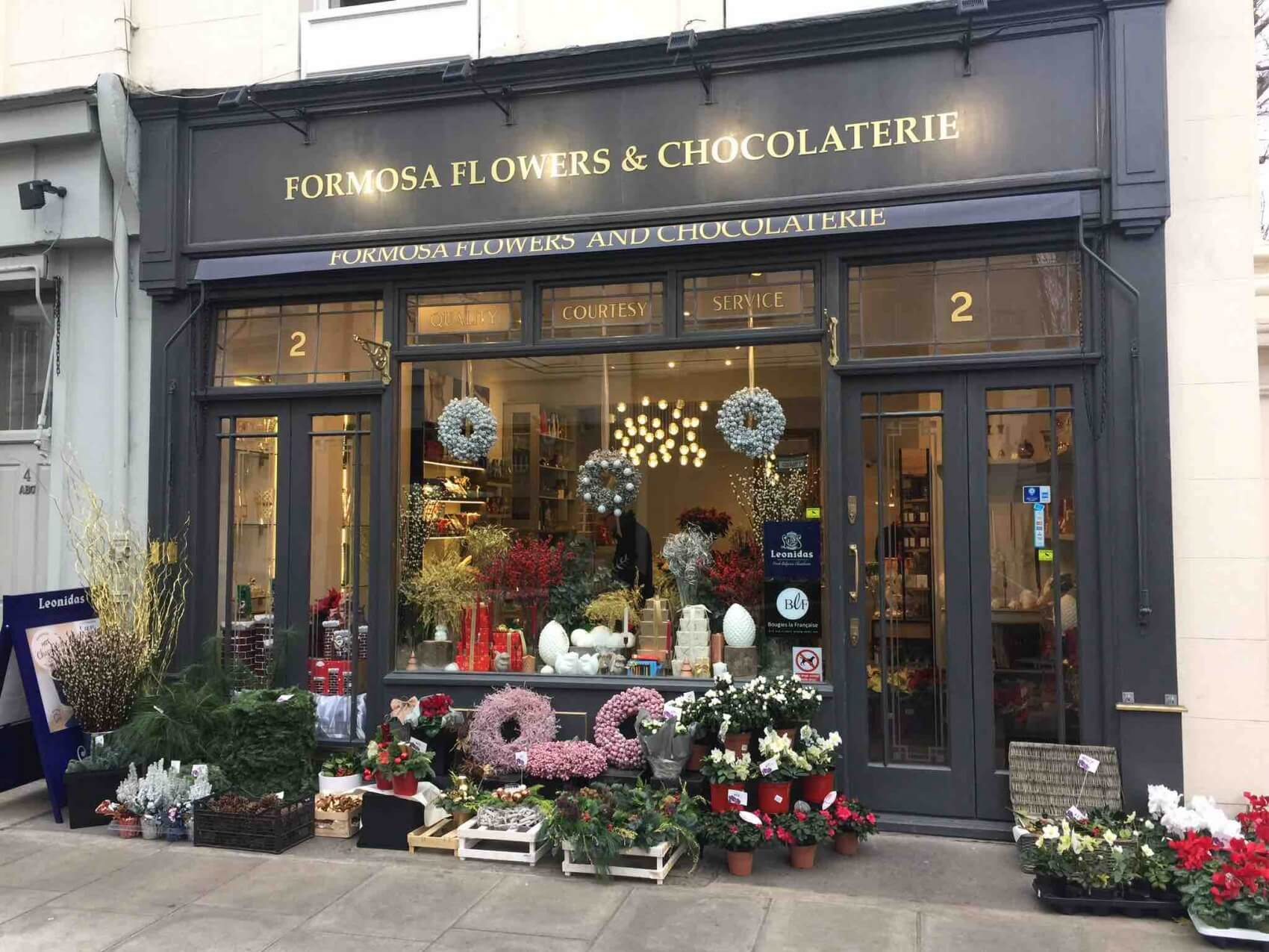 Formose Flowers and Chocolaterie